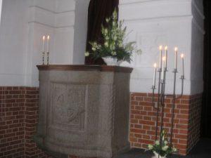Eksempel på dekoration på prædikestolen